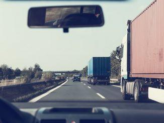 korki na drodze
